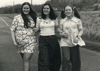 Sheila, Mary & Midge Mellett at Marys 21st