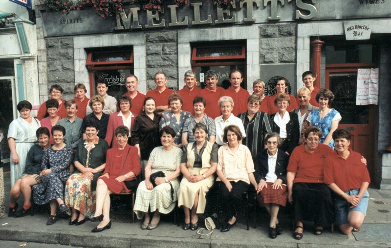 Melletts-Emporium-Staff-Photograph-1987-New